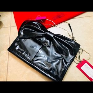 Valentino Bags - VALENTINO GARAVANI black patent bow bag chain